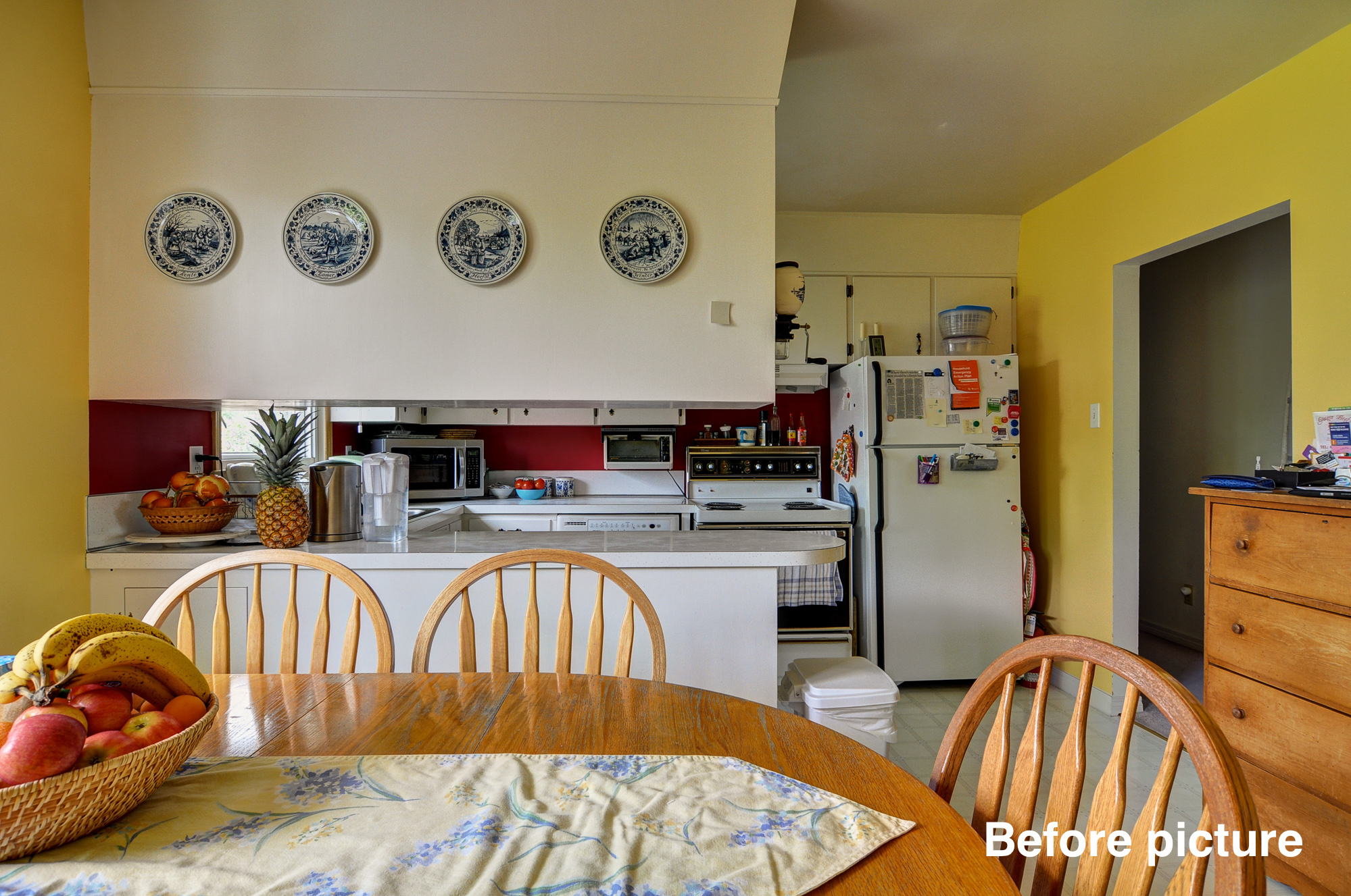 Brentwood Before - Kitchen