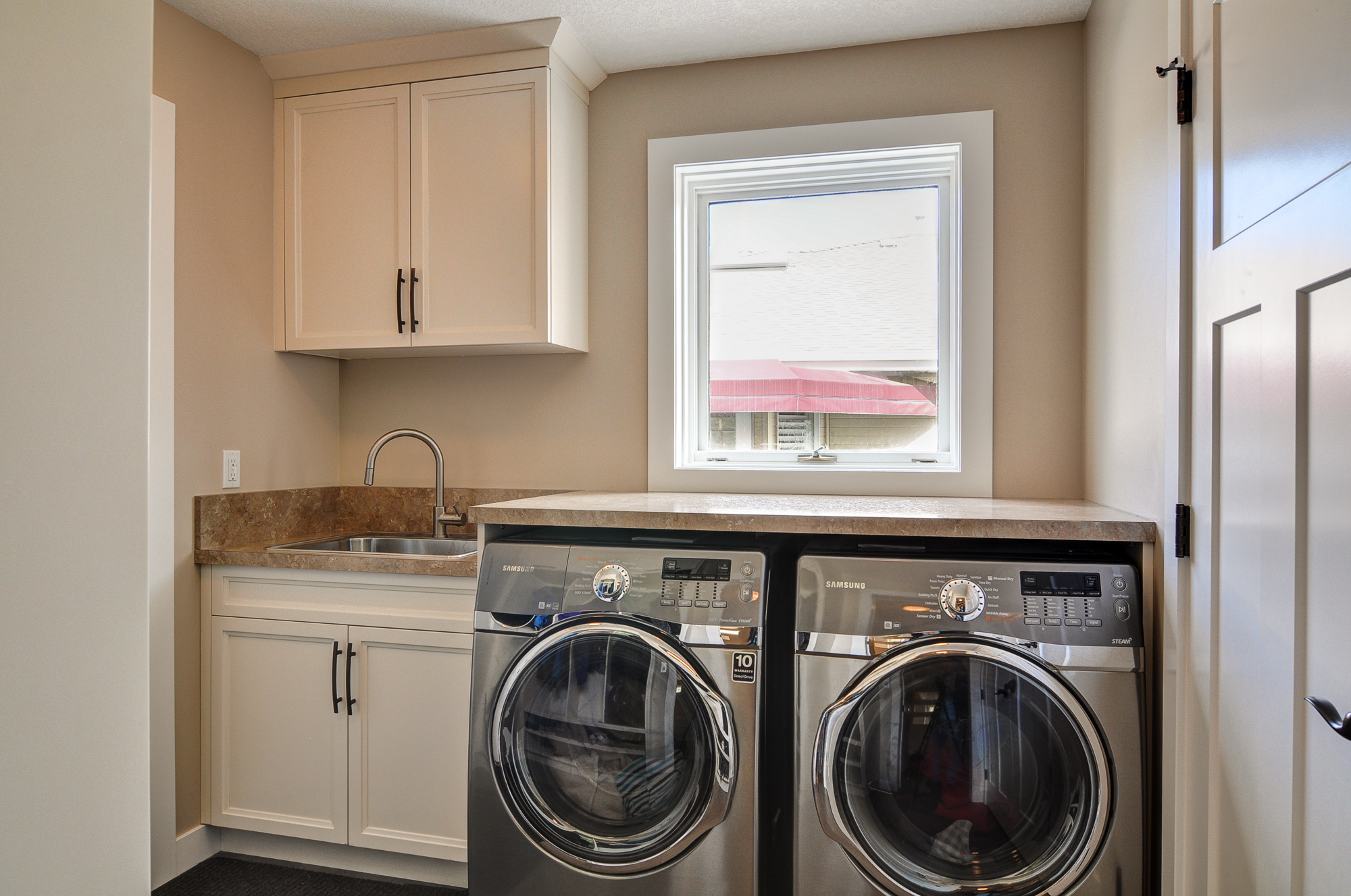 Sundance after - Laundry room